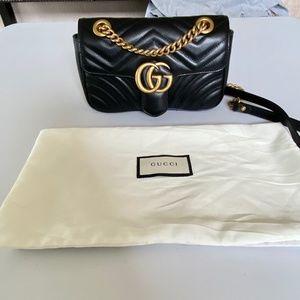 NWOT GG Marmont matelassé mini bag